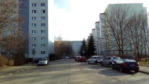 Plattenbauten in der Garzauer Straße